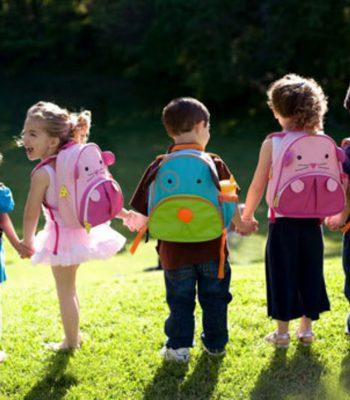 mochilas niños espalda columna dolor